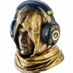 Assassin's Creed: Origins | Ubisoft lança headset de R$189mil